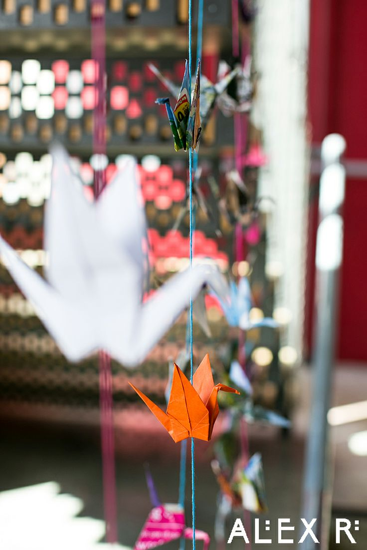Colourful wedding:1000 paper cranes for prosperity