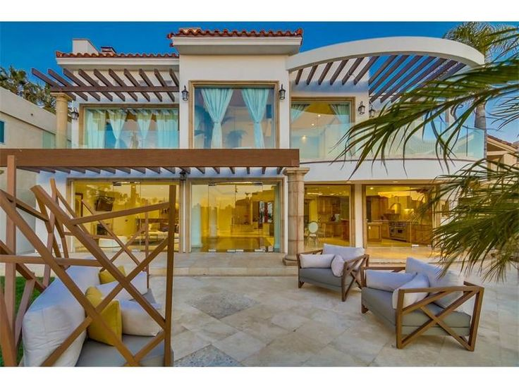 Coronado, California, Architect: Luis Gutierrez, Listed By: Mariluna Dominguez, 619.921.3352