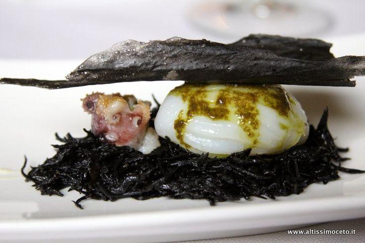 Seppie con alghe hijiki, salsa pil pil e chips di patata al nero di seppia [16/20]