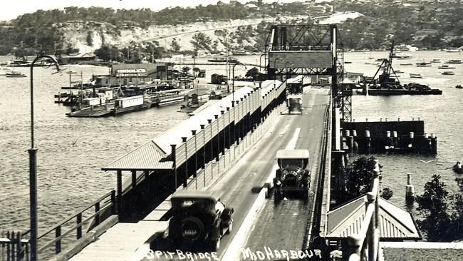 opening of the first Spit Bridge, 1924