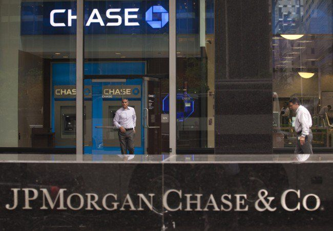 JPMorgan Chase Customers at Risk - http://inlaxnewyork.com/jpmorgan-chase-customers-at-risk.html
