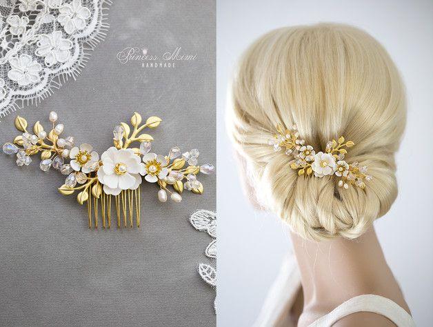 *Kollektion ♥Luxury Wedding♥ Ein besonders glitzernder Eyecatcher für jede Brautfrisur*  **Farbe:** ivory, gold  **Materialien:**  - böhmische Glasschliffperlen ( Farbe: hell rosa/opal,...