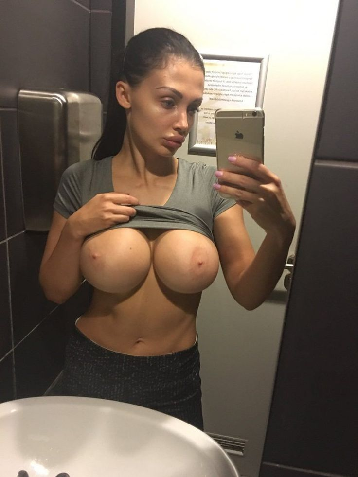 Busty Pornstar Aletta Ocean Big Tits Selfshot -3554