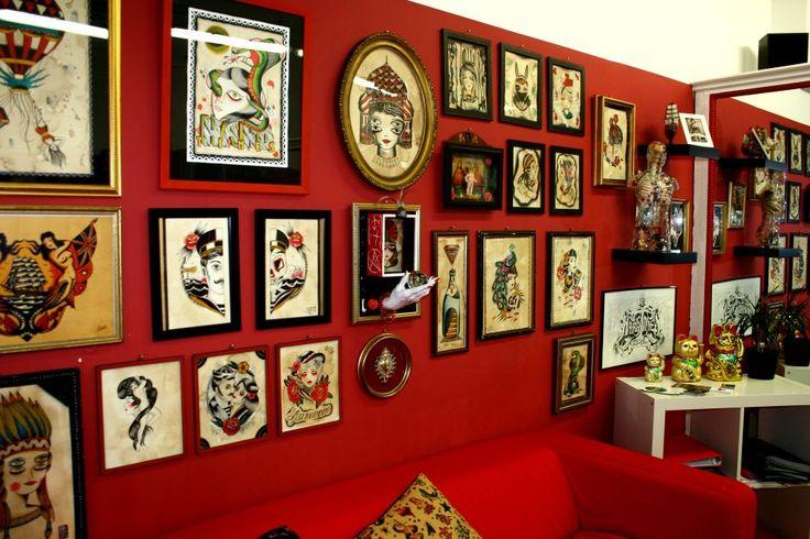 Lo studio - Hardtimes Tattoo Torino. Studio di tatuaggi e piercing a Torino.