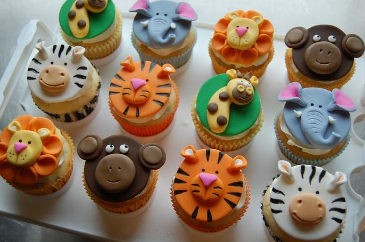 Zoo Animal cupcakes Wild Food Ideas Pinterest Animal ...