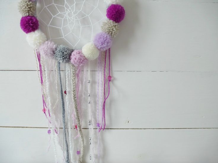 Dreamcatcher . Pompons en folies !