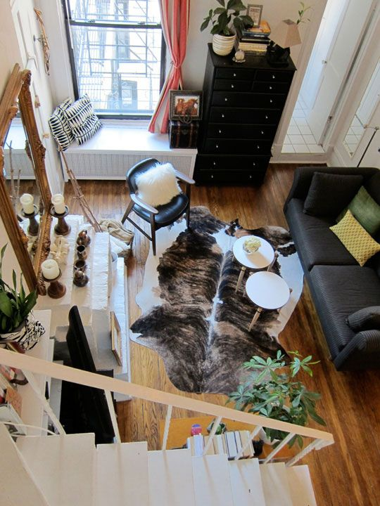 I Live In A Townhouse And Love Looking At Websites That Show How To Decorate Small Loft HouseApartment TherapyLiving Room