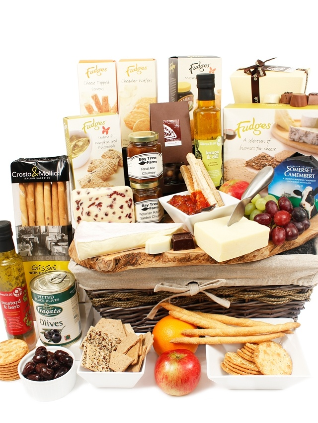Treat someone special to our Babington Luxury Cheese Hamper www.eden4hampers.co.uk