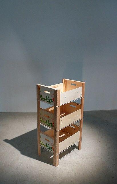 ^^ carrito de cajas de fruta reciclado