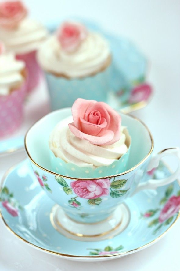 Gorgeous cupcake in a tea cup! links to a Buttercream Icing Recipe! #frosting #rose