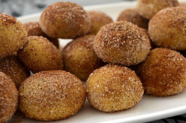 Glüteni az, lezzeti bol nohut unlu kurabiye tarifi ile İran'a lezzet dolu bir yolculuğa çıkıyoruz.