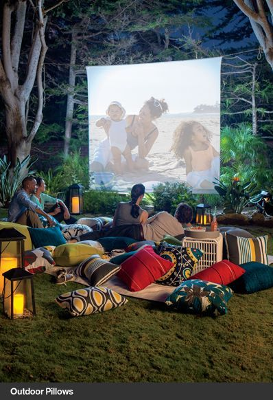 What a fantastic idea! Outdoor movie screen...grab the popcorn and call me to get it set up!