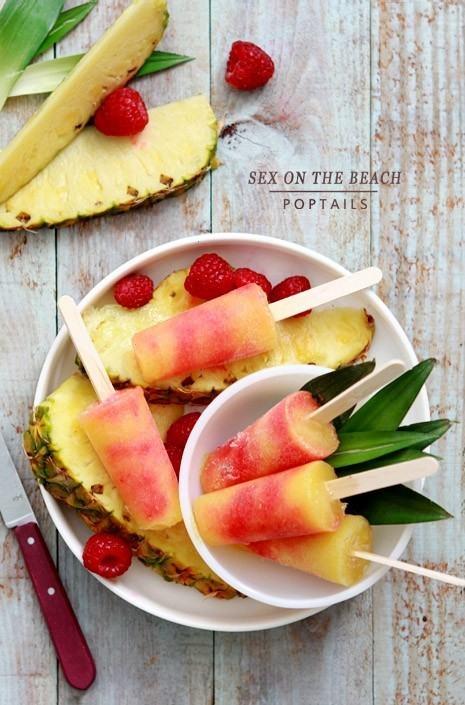 Pomegranite Vodka Popsicles... Yum :)