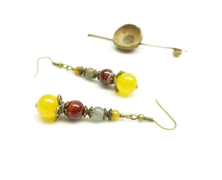 ~ Pour elle ~ Boucles d'oreille bohèmes, pierres d'agates jaunes et marrons, labradorite semi précieuse et oeil du tigre naturel - 14,90€ -