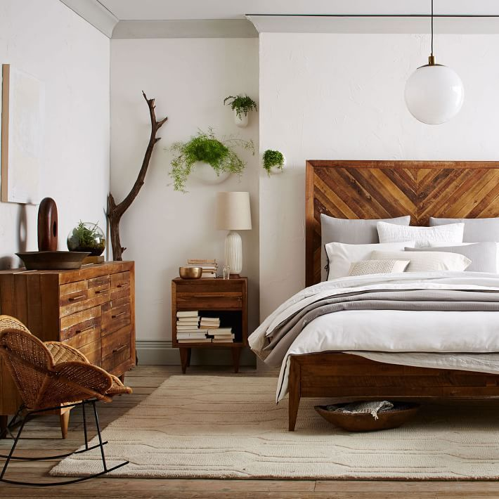 wooden bedroom sets. Tall reclaimed wood headboard  10 Beds Worth Jumping Into Best 25 Wood bedroom furniture ideas on Pinterest Farmhouse