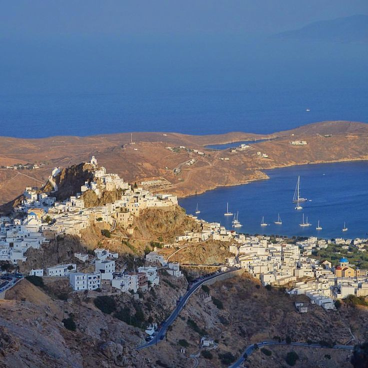 Amazing Serifos island (Σέριφος) from above !