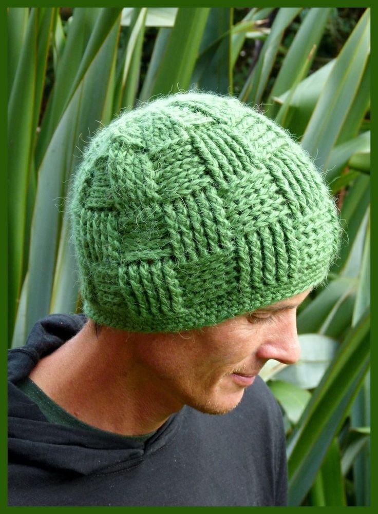 Super soft men's alpaca/acrylic blend crochet basket weave beanie in green. Handmade in Aotearoa NZ. www.facebook.com/thelittlebeenz  Instagram: @The Little Bee www.etsy.com/shop/thelittlebeenz