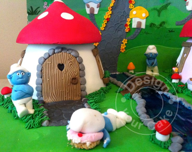 Detail from smurfs cake Design your cake