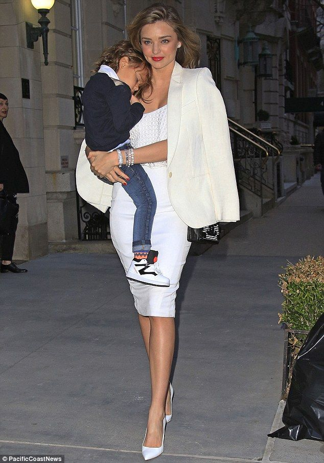 Miranda Kerr headed out for dinner in New York City with her three-year-old son Flynn in tow l April 18th, 2014