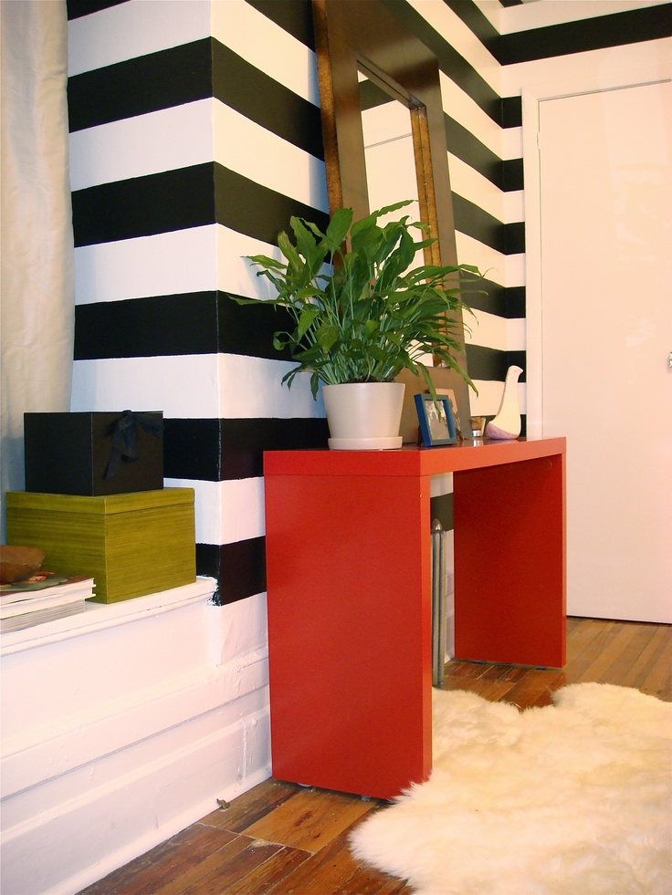 17 best ideas about striped walls horizontal on pinterest striped walls painting stripes on. Black Bedroom Furniture Sets. Home Design Ideas