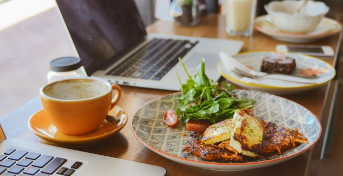 In an age where your smartphone and iPad are basically fused to your hand, it's always handy to find somewhere that you can head to for breakfast and then just stay all day, taking full advantage of free wifi and endless lattes.