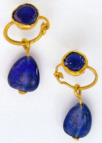 earrings, pair, gold and paste (glass), Byzantine by Atelier Sol,