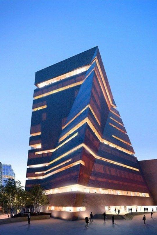 相信大家都聽過英國 Tate Modern Gallery 的大名,其豐富的展品和大樓的英式傳統建築,令它成為倫敦最受歡��