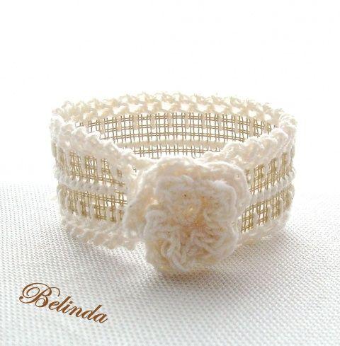 Áttetsző hangulat - horgolt karkötő rózsával, Translucent mood - embroidered bracelet, Ékszer, óra, Karkötő, Meska 950 Ft