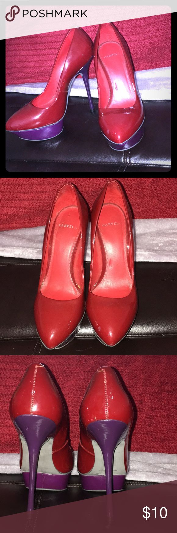 Carvela red and purple heels There WAS black marks but I easily got it off with rubbing alcohol and I cleaned it with water too so it doesn't smell like rubbing alcohol. Fits more like a 6.5-7. They look super fine and professional 😍 carvela Shoes Platforms