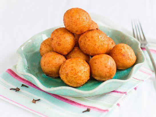 Para un desayuno familiar unos deliciosos buñuelos de yuca