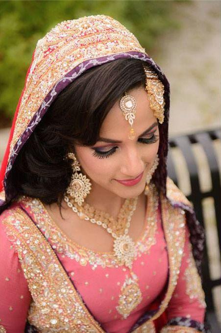 Pretty in pink! #Pakistani #Bride