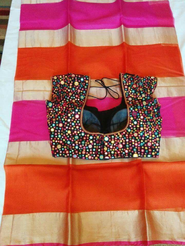 Statement saree blouse. Sari blouse with sequins. Indian fashion.