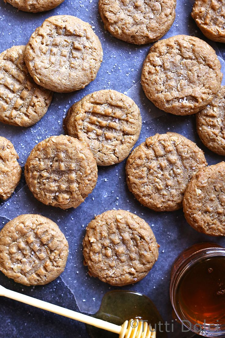 Peanut Butter and Honey Graham Cookies | Tutti Dolci
