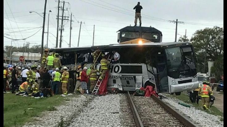 Train Hits Charter Bus In Biloxi, Mississippi Leaving Unknown Number Of ...