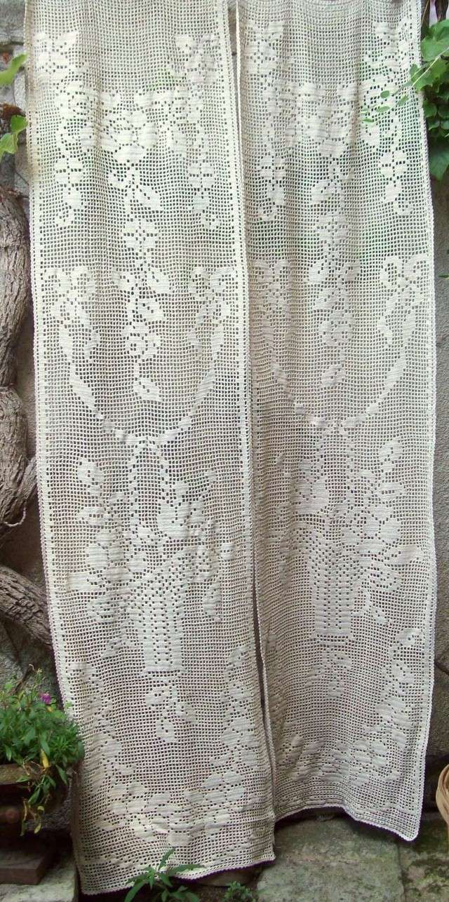 Best 25 white lace curtains ideas on pinterest lace curtains curtain insp - Rideaux anciens dentelle ...