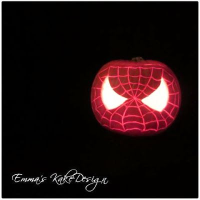 Emmas KakeDesign: Spiderman Halloween pumpkin!
