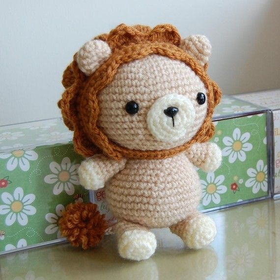 You don´t need to be a lion to have the heart of a lion. / Lion Amigurumi Crochet Pattern