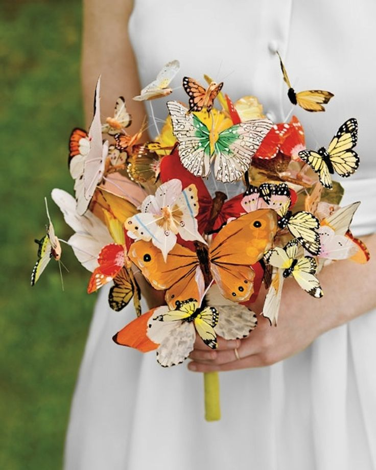 27 Unconventional Bouquets for the Non-Traditional Bride | Brit + Co