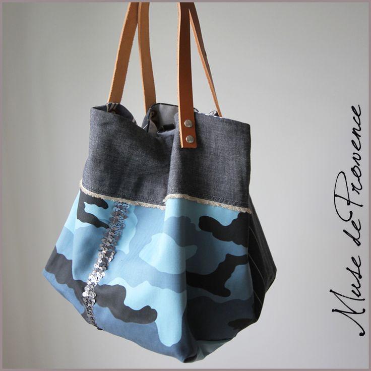 Sac cabas fait main en coton et cuir Camouflage bleu  et paillettes