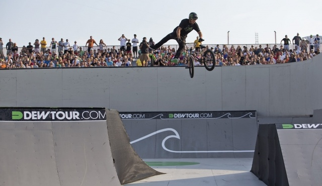 Photo Gallery: BMX Park Semi-Finals | Alli Sports Action Sports #dewtour