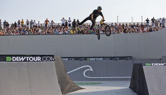 Photo Gallery: BMX Park Semi-Finals | Alli Sports Action Sports #dewtour