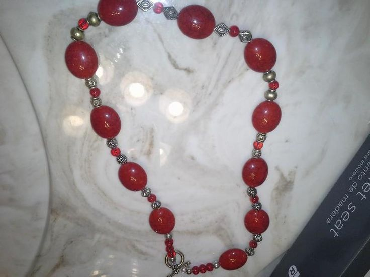 BEAUTIFUL RED NECKLACE