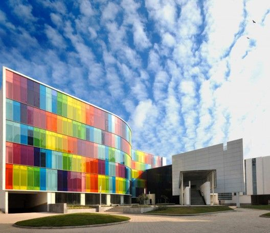 I would like to work here. (IMI International Management Institute, India) #architecture #colourful #rainbow