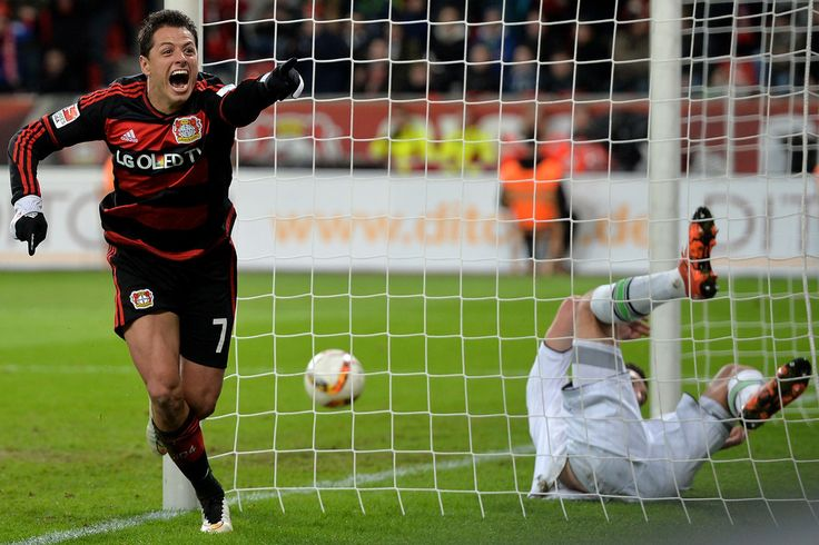 Goalkeeper Yann Sommer of Moenchengladbach is beaten by Javier 'Chicharito' Hernandez of Bayer Leverkusen scoring his team's fifth goal during the Bundesliga match between Bayer Leverkusen and Borussia Moenchengladbach at BayArena on December 12, 2015 in Leverkusen, Germany. (Dec. 11, 2015 - Source: Sascha Steinbach/Bongarts)
