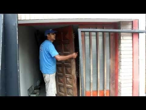 M s de 25 ideas incre bles sobre portones corredizos en - Tejadillos sobre puertas ...