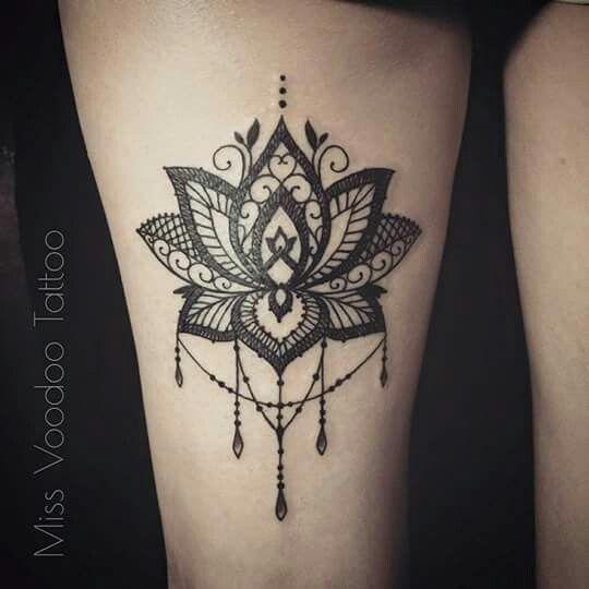 Tattoo cuisse tattoo pinterest dentelle fleurs en dentelle et fleur - Tattoo cuisse femme ...