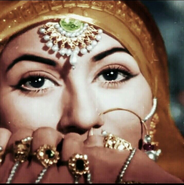 Madhubala - heavenly beauty