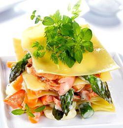 Lasagne med laks og asparges