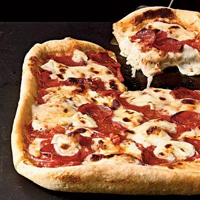 Pepperoni Deep-Dish Pizza: Deep Dish Pizza, Pepperoni Deep Dish, 25 Healthy, Cookinglight Com, Dinner Recipes, Cooking Light, Healthy Pizza Recipes, Comfort Food, Food Recipe