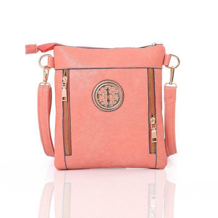 Crossbody kabelka Emma za opravdu bezkonkurenční cenu 299 Kč! Dostupná také v barvách černá, kávová a modrá.